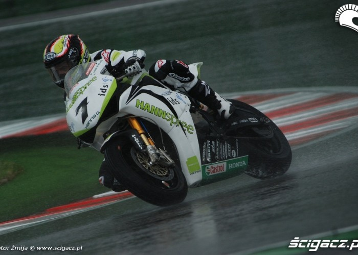 Carlos Checa Misano SBK wet race