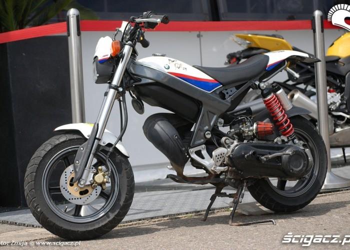 BMW przerobiony motocykl