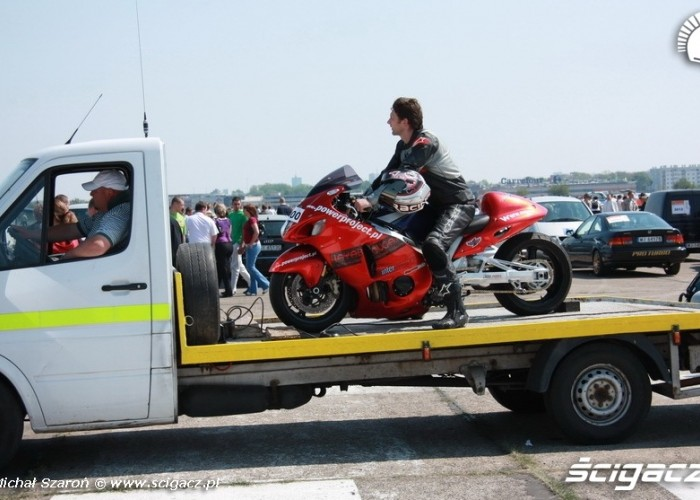 1 4 mili Lotnisko Bemowo Gecko Cup dostawa motocykla