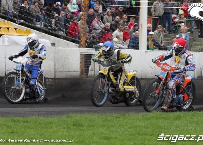 B 14 start Miskowiak Dziatkowiak Stachyra