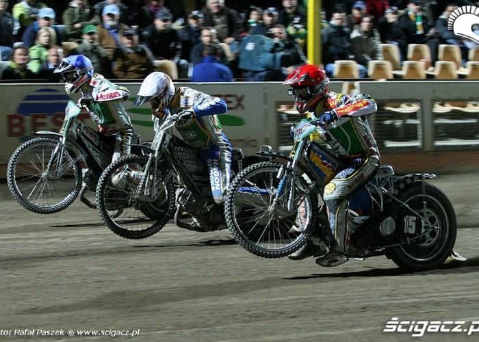 14-Lindgren c Bridger Protasiewicz
