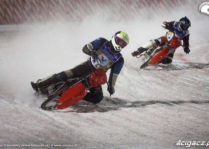 lodowe sciganie sanok ice racing 2010 a mg 0166