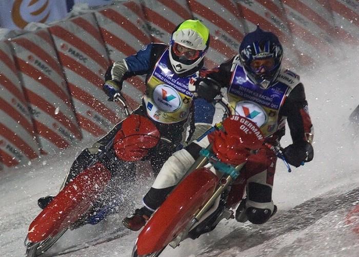 lodowe wyprzedzanie sanok ice racing 2010 a mg 0158