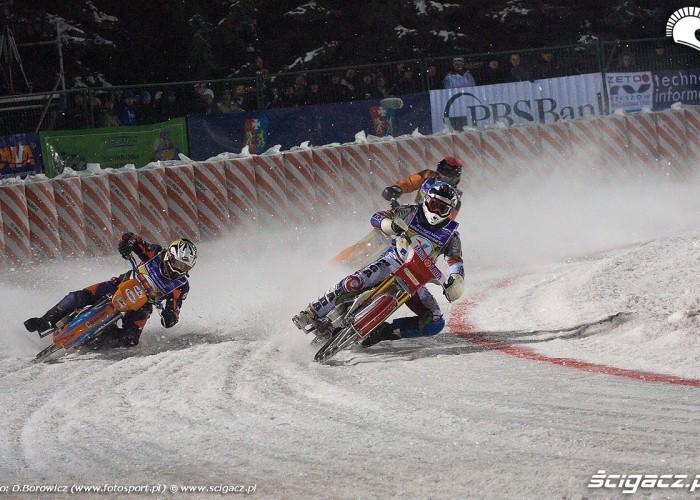 na lodowym wirazu sanok ice racing 2010 a mg 0179