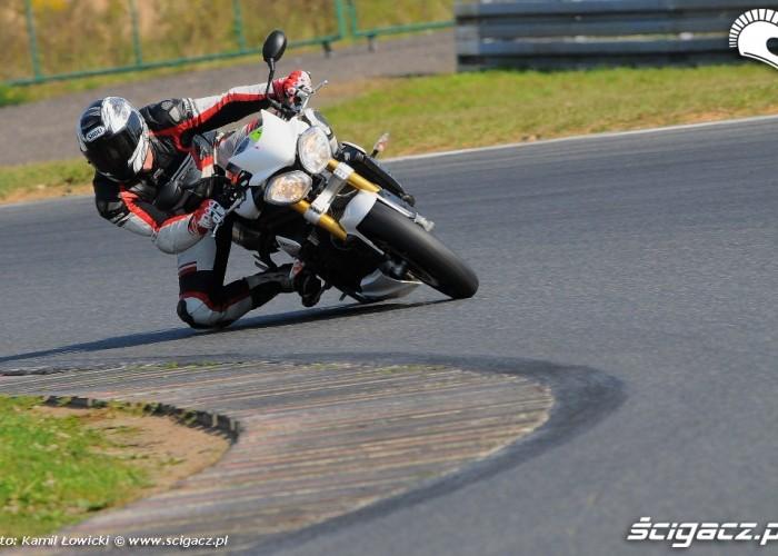 Mala Patelnia Triumph Speed Triple R