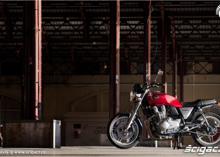 Industrialne klimaty Honda CB1100