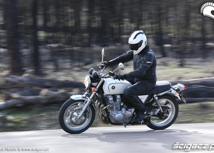 Jazda Honda CB1100 2013