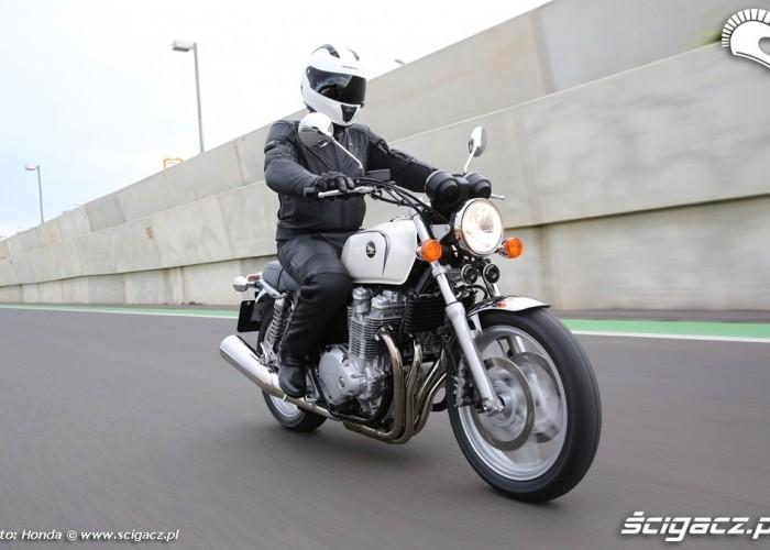 Klasyka Honda CB1100 2013