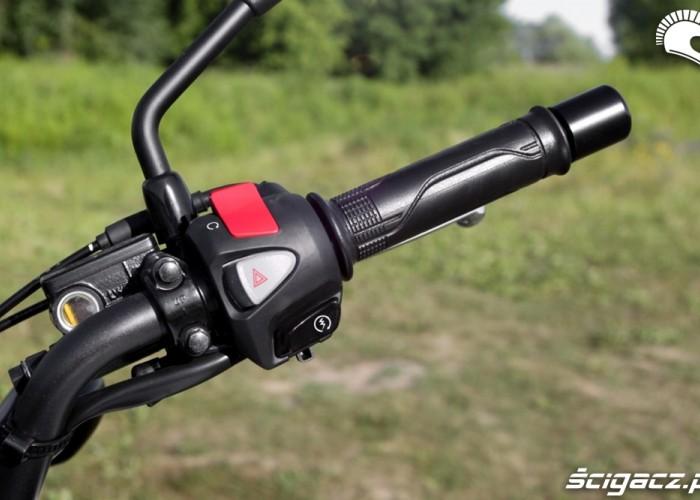 manetka prawa Honda CB500AX Scigacz.pl