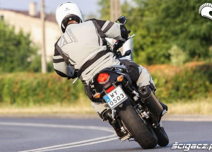 zakret tyl Honda CB500AX Scigacz.pl