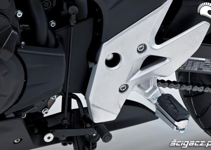 Podnozek Honda CBR500R