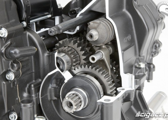 Przeniesienie napedu Honda CBR500R