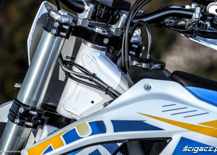2014 husqvarna modele motocross glowka ramy