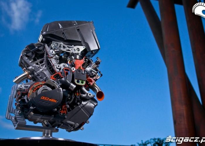 Naped KTM 1190 LC8 Adventure 2013