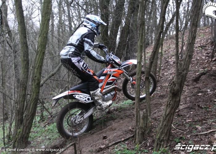 freeride pod gore KTM 250 Porownanie