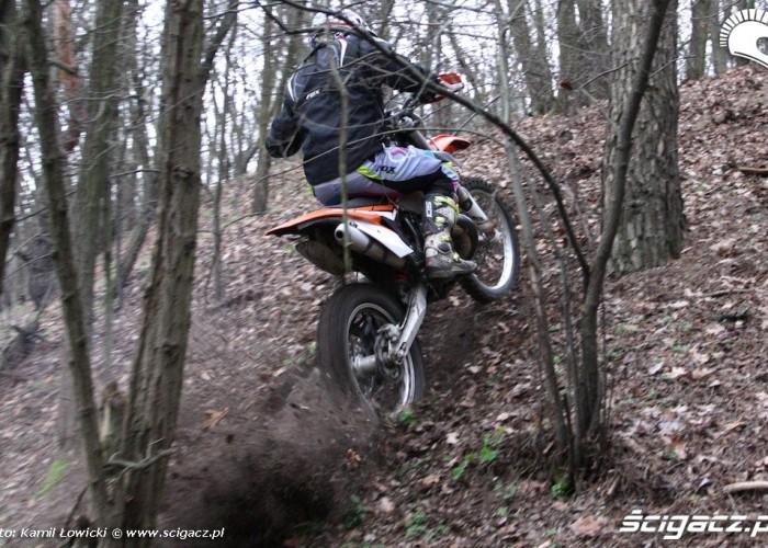 jazda pod gore KTM 250 Porownanie