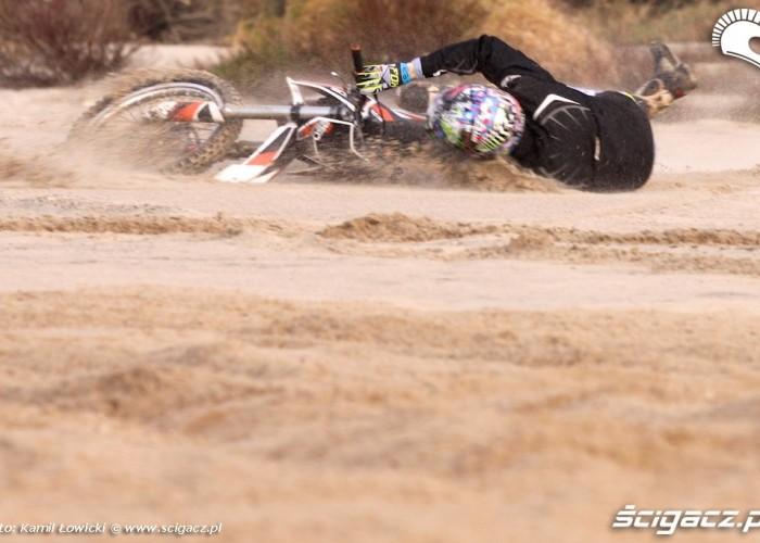 lekka gleba KTM 250 Porownanie