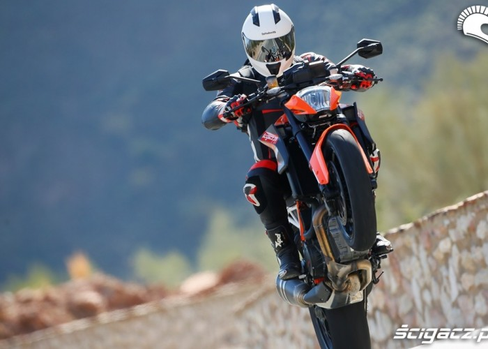 Power KTM SuperDuke 1290 R