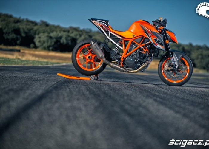 Torowy Super Duke 1290 R MY 2013
