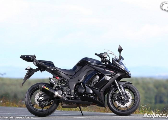 Czarny Kawasaki Z1000SX 2014