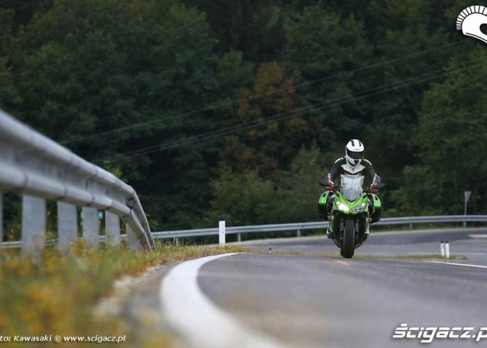 Podjazc 2014 Kawasaki Z1000SX
