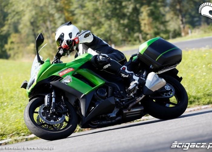 W gorach 2014 Kawasaki Z1000SX