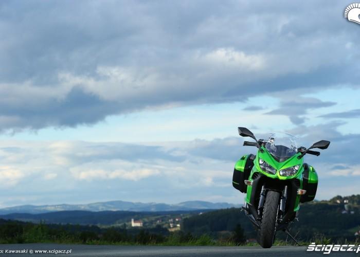 Z przodu Kawasaki Z1000SX 2014