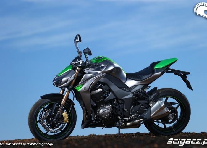 Green Kawasaki Z1000 MY 2014