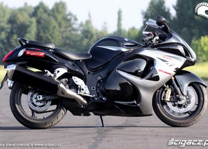 prawa strona motocykla Suzuki Hayabausa
