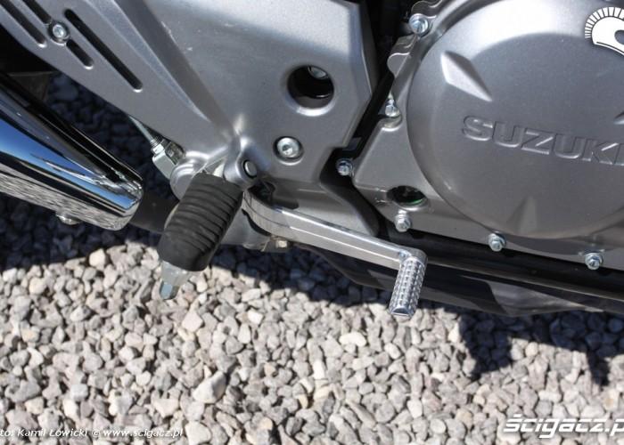 dzwignia tylnego hamulca Suzuki Inazuma 250