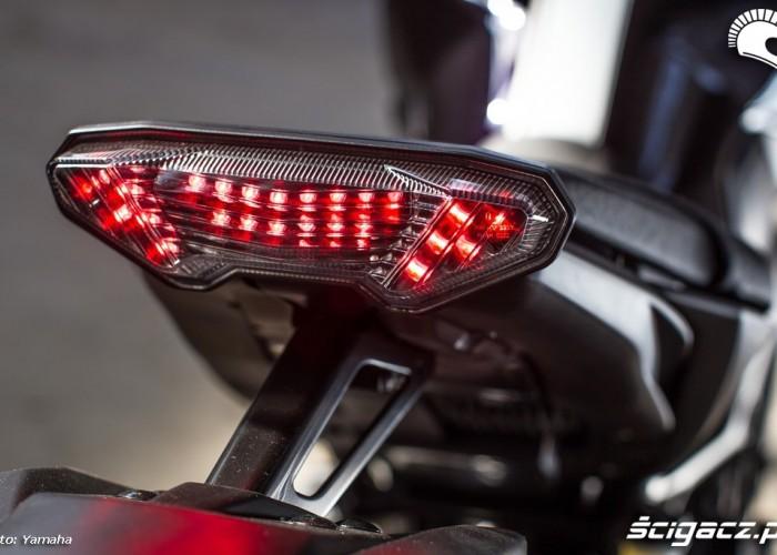 Lampa 2014 Yamaha MT09