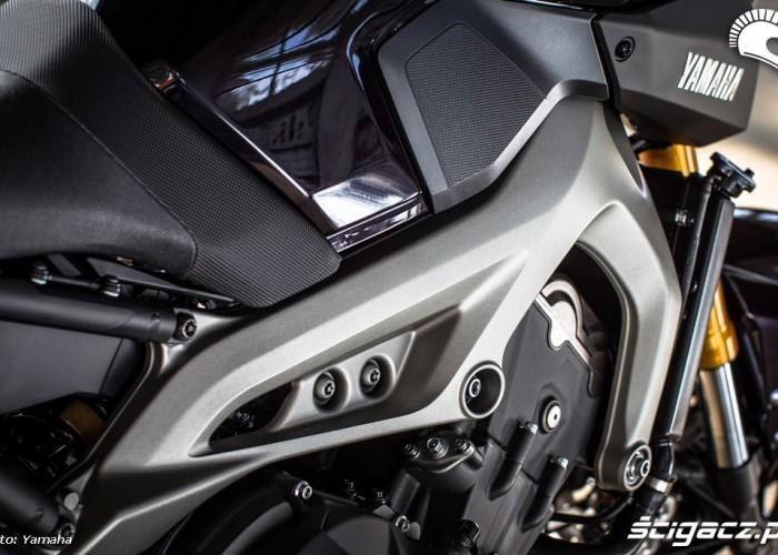 Rama 2014 Yamaha MT09