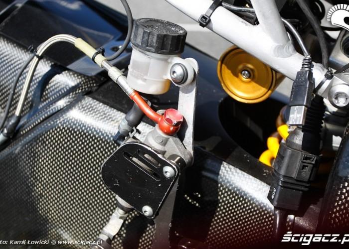 Tylny hamulecYamaha R6 Supersport