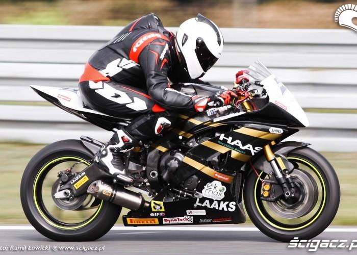 Yamaha YZF R6 Supersport gaz