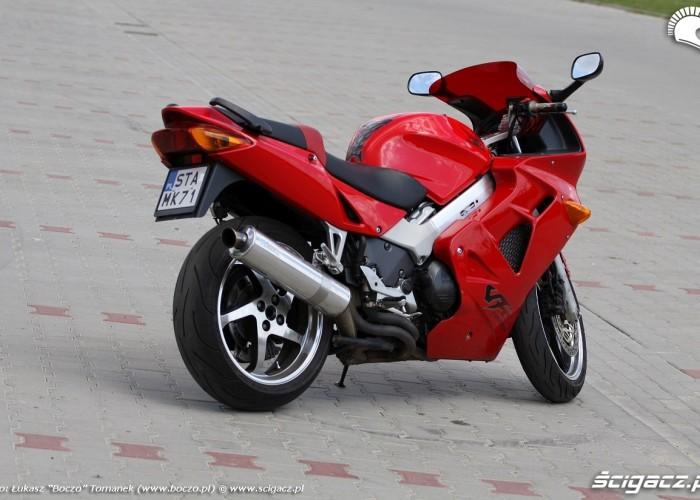 motocykl VFR 2014