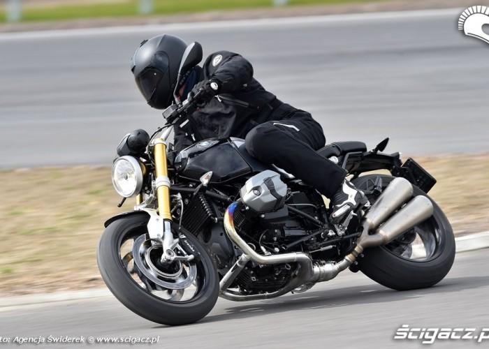 Test BMW R nineT 2014