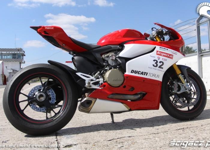 prawa strona Ducati Panigale S Scigacz pl