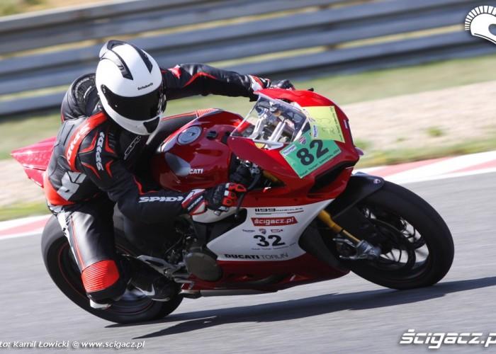 wyjscie na prosta tor poznan Ducati Panigale S Scigacz pl