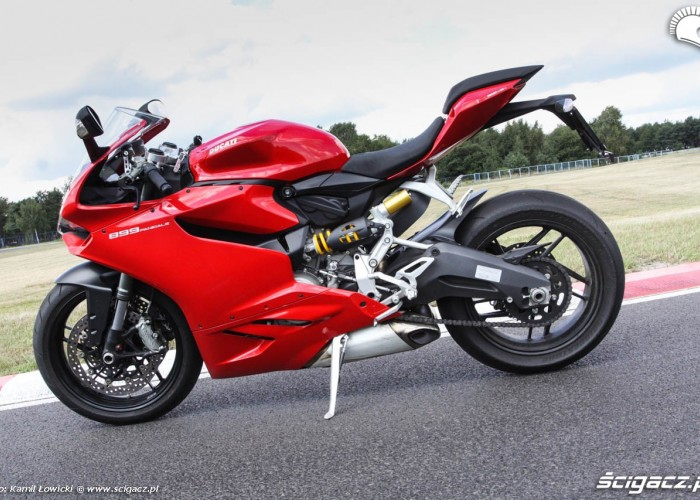 Ducati 899 Panigale MY2014 profil