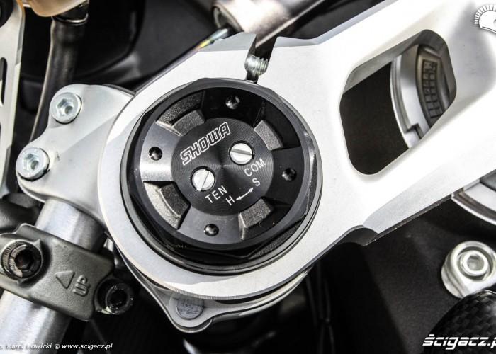 Ducati 899 Panigale Showa