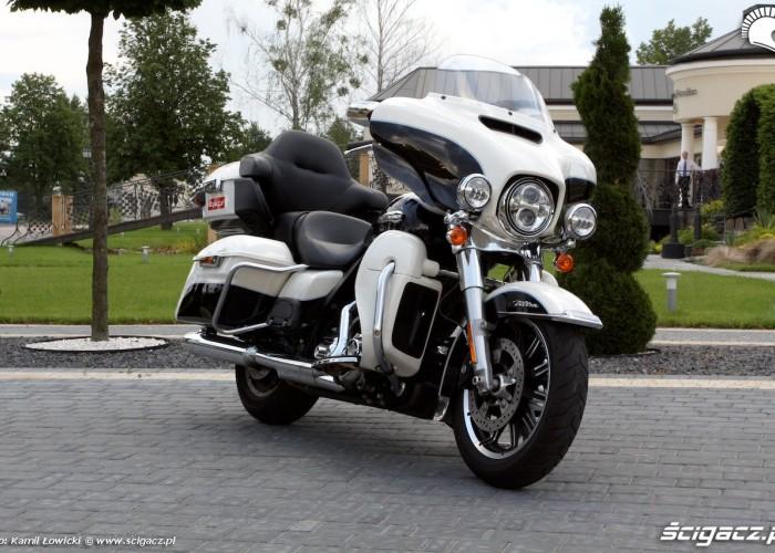 Harley Davidson Electra Glide Ultra Classic przod