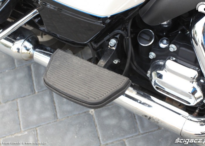 Podnozek pasazera Harley Davidson Electra Glide Ultra Classic MY 2014