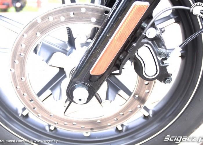 Hamulec Harley Davidson Street Bob Special Edition