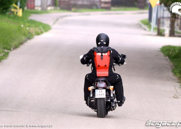 Harley Davidson Street Bob Special Edition 2014 od tylu