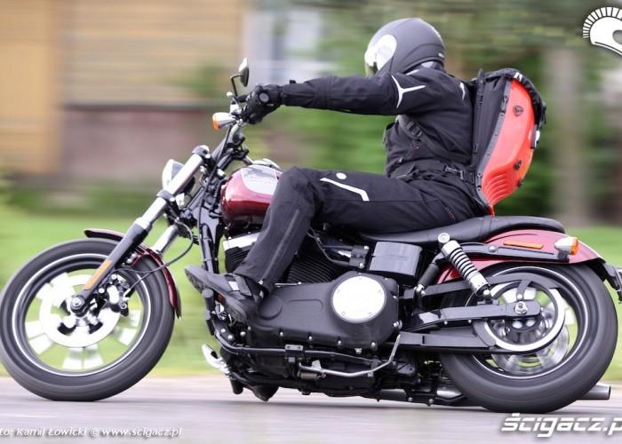 Zlozenie Harley Davidson Street Bob Special Edition 2014