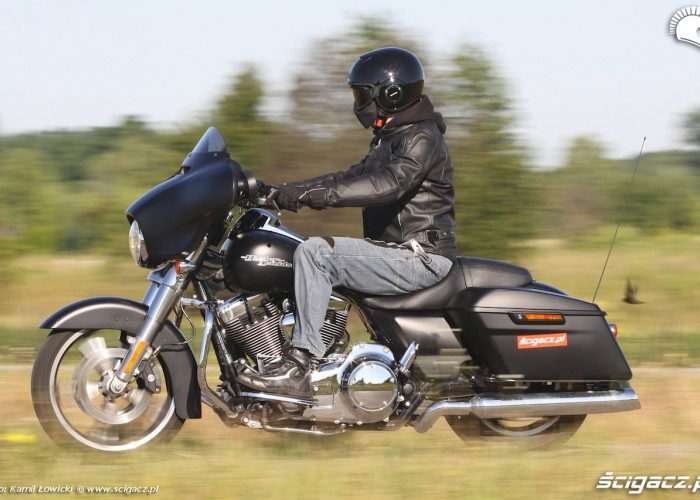 Harley Davidson Street Glide 2014 jazda