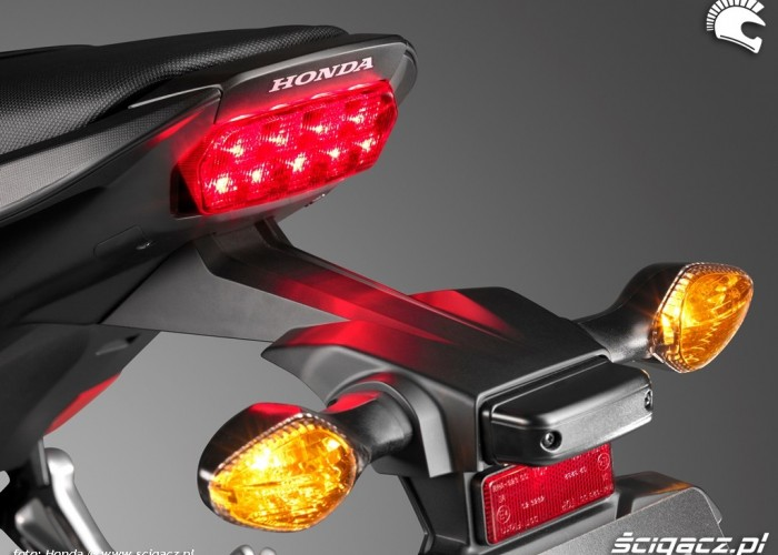 Tylna lampa Honda CB650F 2014
