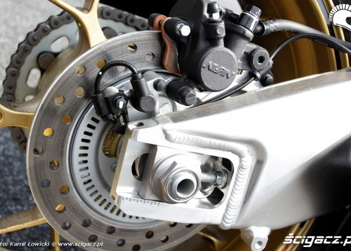 Honda CBR 1000 RR SP wahacz