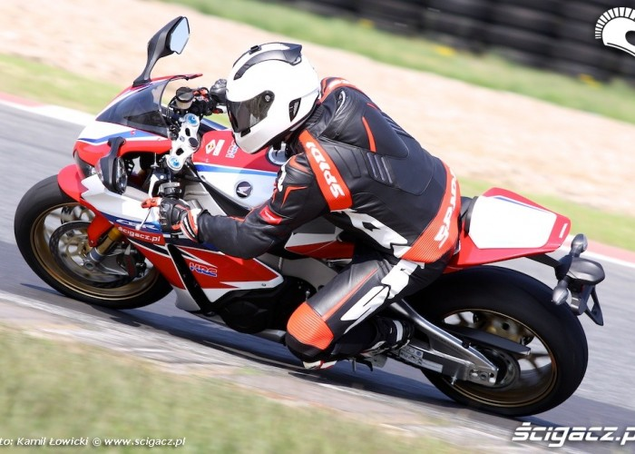 Nowa Honda CBR 1000 RR SP 2014 Tor Poznan