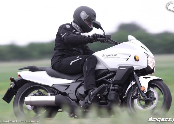 Jazda Nowa Honda CTX700 2014